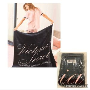"Victoria's Secret Sherpa Blanket 50""x60""."